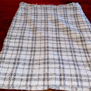 The Limited Lady's Skirt